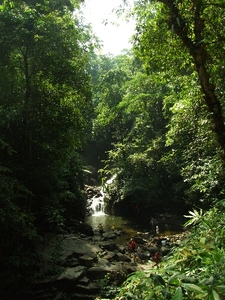Phliu_waterfall_2